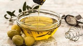 精製植物油やマーガリンなどのトランス脂肪酸を同時に食べていたら、オメガ3をいくらとっても効果がない!
