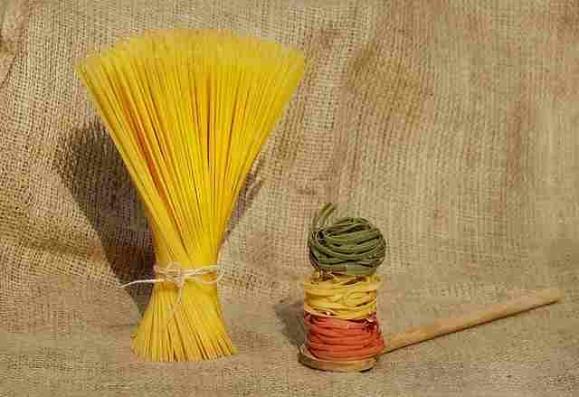 noodles-1631863