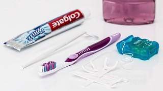 4ステップ歯磨きで80まで歯を残す!